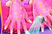 game Superhero Doll Manicure