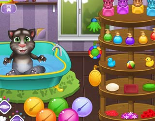 Game Baby Talking Tom. Bathing