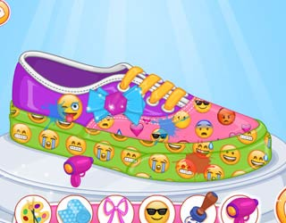 Game Barbie Design My Emoji Shoes