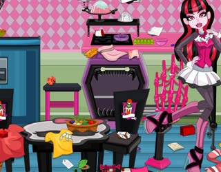 Game Draculaura Messy Kitchen Cleaning