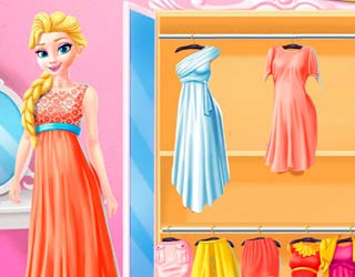 Game Elsa and Rapunzel Share the Closet