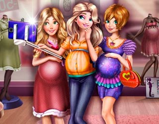 Game Princesses Pregnant Selfie