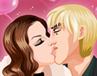 Game Valentine Kissing